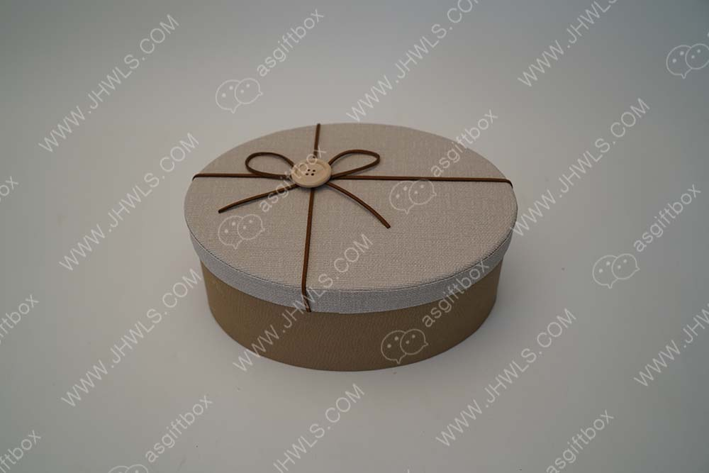 Customized chocolate box with bow