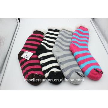 Winter Streifen Fuzzy warme Socken Indoor Haus Socken mit Antikid