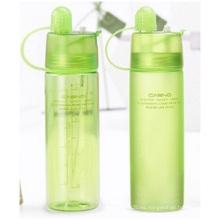Botellas plásticas portátiles con la tapa, taza de agua del espray de enfriamiento, botellas creativas al aire libre de los deportes