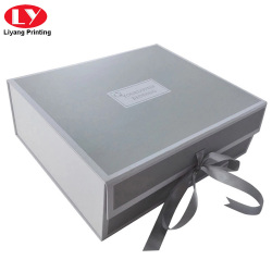 Luxury clothing magnetic packaging box