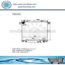 RADIATOR For TOYOTA LX470/LAND CRUISER 1640050210/1640050211 98-02 Radiator 98-00 Manufacturer and Direct Sale