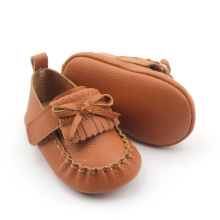 Neues Design Exquisite Mokassins Leder Babyschuhe