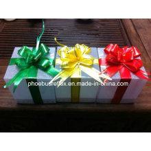Caja de regalo estrellas brillantes reflectantes