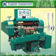 Machine de polissage automatique de couteaux à fourche