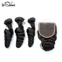 Top qualité sans procédé chimique malaisien vierge cheveux lâche vague 100 cheveux humains 4 * 4 fermeture