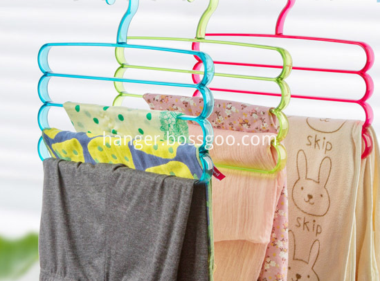 clear colour plastic hanger