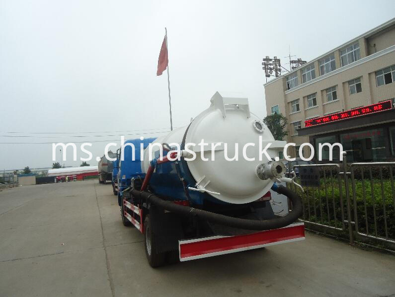 5Ton vacuum fecal sewage suction truck