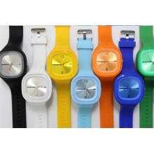 Yxl-998 Прохладный спортивные часы для мужчин и женщин Мода Повседневные наручные часы Студенческий силиконовый желе Часы для девочек Реи