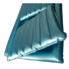 Medical inflatable water bed mattress