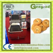Bolo automático de biscoitos que faz a máquina
