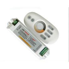 High quality 4 Zone 2.4G WW+CW adjustment color temperature controller 1PCS LED controller +4PCS CCT controller