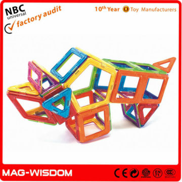 Building Magnetic Tiles Toy