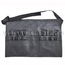 Мешочек для макияжа в сумке для профессионала-косметолога