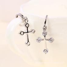 Rhodium Plated Cross Zircon Fashion Earring (23092)