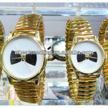 Montre bracelet à quartz jumelé en or JW-01