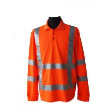 Ropa de trabajo de alta visibilidad con raya reflectante alerta.