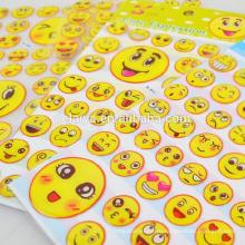 Милые улыбающееся лицо заплаканное лицо в 3D эпоксидной наклейки