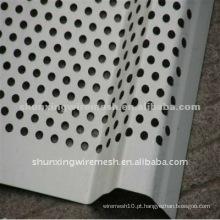 Folha de Metal Perfurada Galvanizada