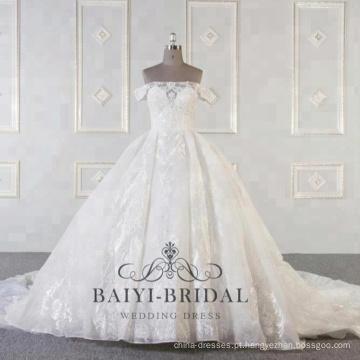 Atacado de luxo fora do ombro vestidos de noiva com vestido de baile longo trem
