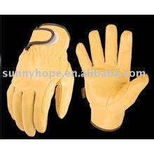 Водительская перчатка