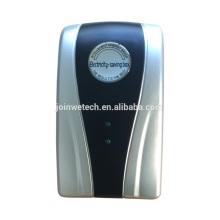 Économiseur d'énergie électrique intelligent pour l'usage domestique monophasé