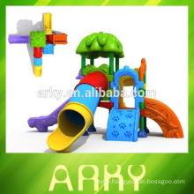 2015 park play slide outdoor garden kids plastic slide hot selling KFC play structure