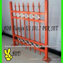 Poste décoratif de poste carré et clôture de grille