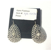 Simple Lace Short Earrings with Metal