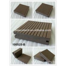 Wasserdichter WPC-Decking-Boden-zusammengesetzter hölzerner Decking-Boden für Terrasse und Patio