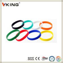 Chine Nouveau produit innovant bracelet en silicone personnalisé