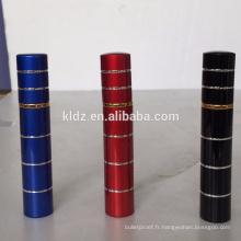 Vaporisateur de poivre de rouge à lèvres de couleur rouge de 8ml pour des femmes