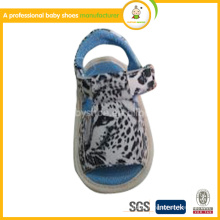 Barato atacado de alta qualidade de cores misturadas nova moda sapatos de couro genuíno sandálias