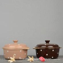 Sopera de cerámica esmaltada con diseño de puntos de colores