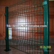 Grünes PVC überzog Quadrat-Rohr geschweißten Maschen-Zaun