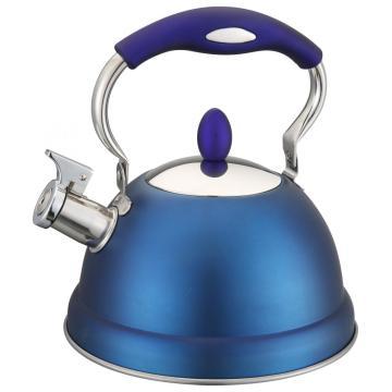 Ювелирный синий чайник со свистком
