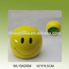Yellow smiling face design ceramic sponge holder