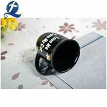 China Günstige benutzerdefinierte kreative schwarz bedruckte Keramik Tasse Kaffeetasse mit Griff