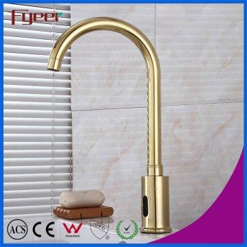Гусиная шея Золотой датчик водопроводной воды Автоматический смеситель для бассейна