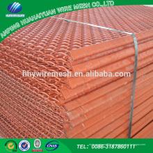 O engranzamento de fio frisado é feito do engranzamento protetor da tela do metal do fio do ferro do carbono