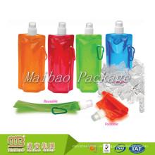 Nehmen Sie kundengebundene wiederverwendbare faltende Trinkwasser-flüssige verpackende transparente Tasche mit Tülle an