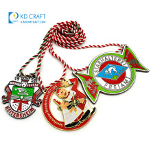 Personalized metal festival carnival fiesta medallion enamel gold silver hollow out souvenir custom carnaval medal with strap