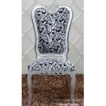 Cadeira de jantar de estilo barroco nova e elegante