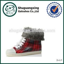 Cargador de lluvia caliente zapato antideslizante cálidas cubiertas D-615 de trabajo