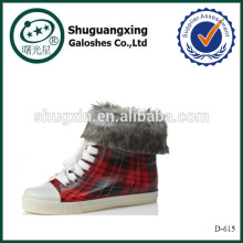 Trabalho a quente chuva Boot sapato antiderrapante quente cobre D-615