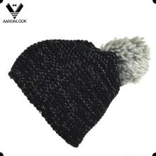 Зимняя теплая трикотажная большая шапочка
