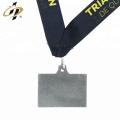 Free sample custom cheap antique triathlon challenge medal with lanyard