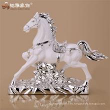 2016 alibaba seguro resina artesanía interior decorativo caballo escultura