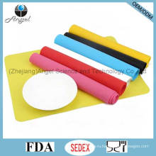 Нескользящий силиконовый коврик для детского стола для оптовой продажи Sg12 (0.06cm)