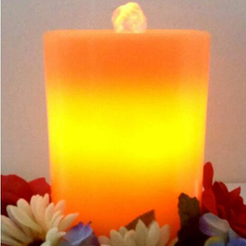 Scented fountain candle with timer