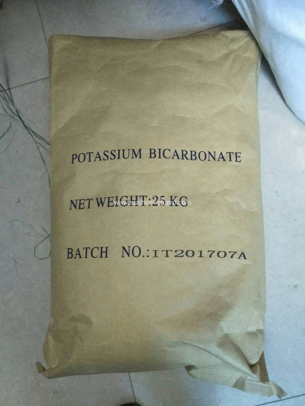 Potassium hydrogen carbonate leavening in baking